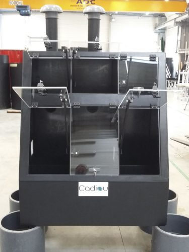 Armoire en PEhd réalisée sur mesure pour réactifs